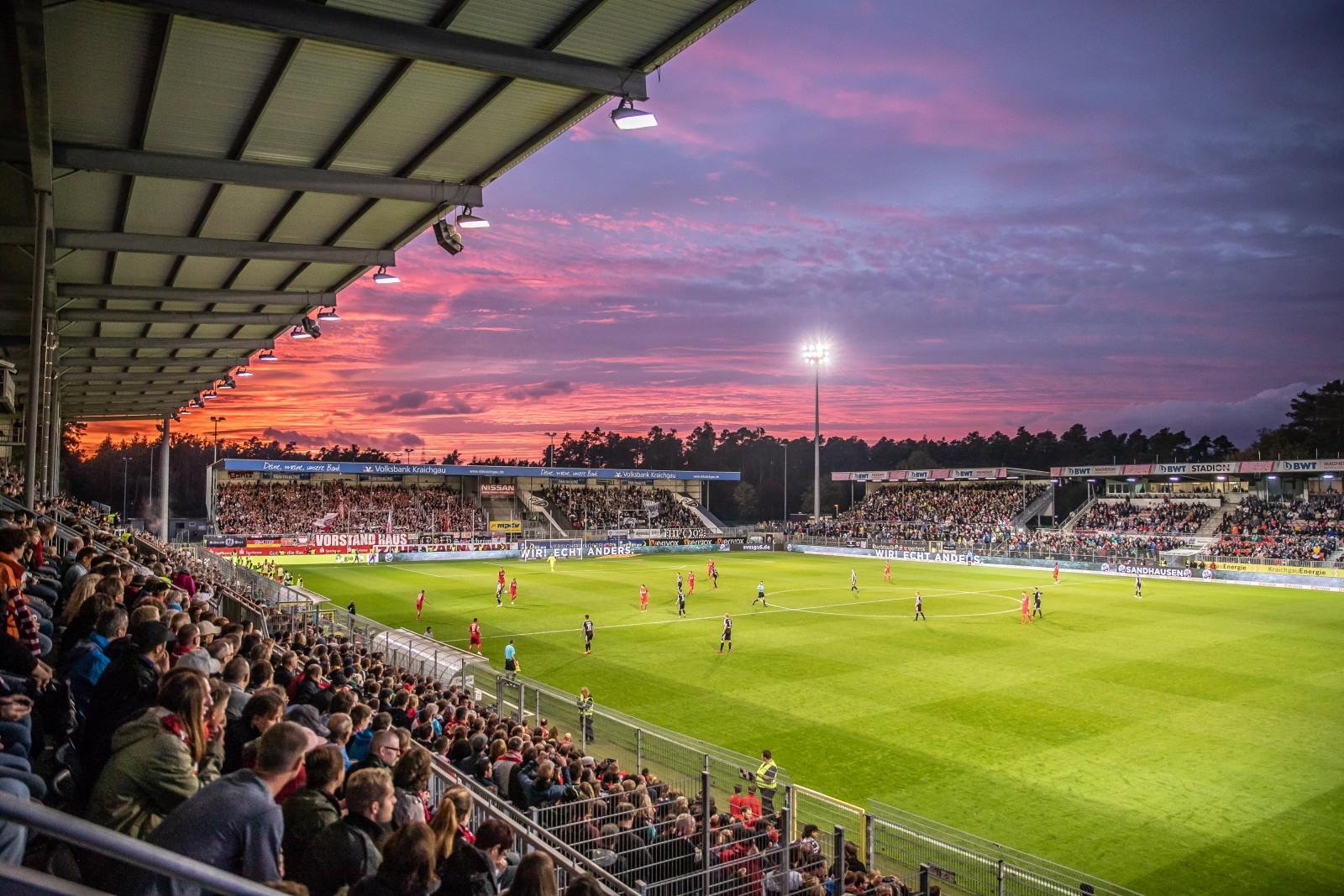Im Stadion beim SV Sandhausen Spiel